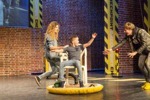 NLD/Wageningen/20160628 - Checkpoint theatershow - Spectaculaire show met spannende en leuke experimenten