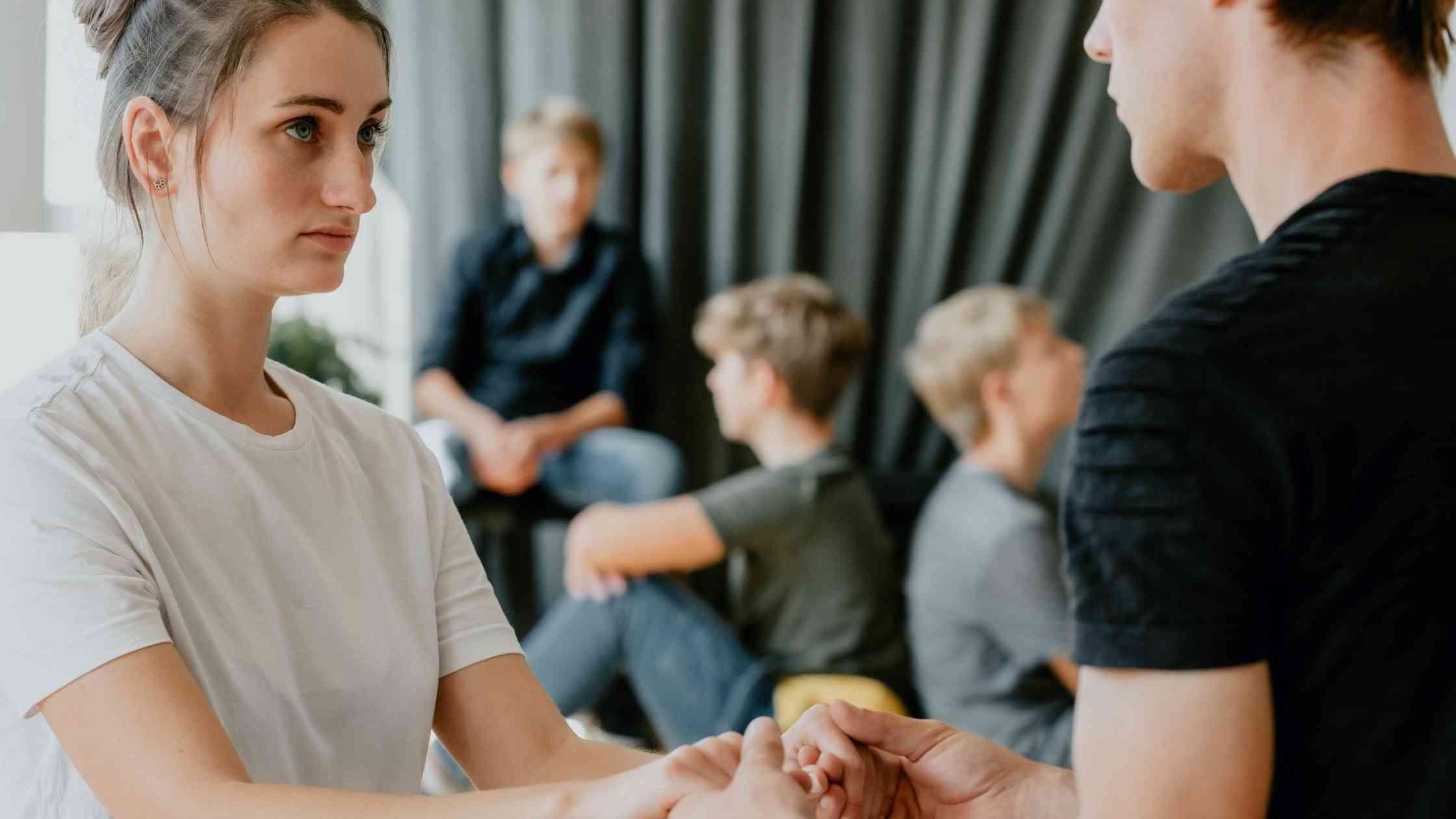 9 tips om met kinderen over trauma te praten